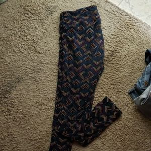 TC women's lularoe leggings